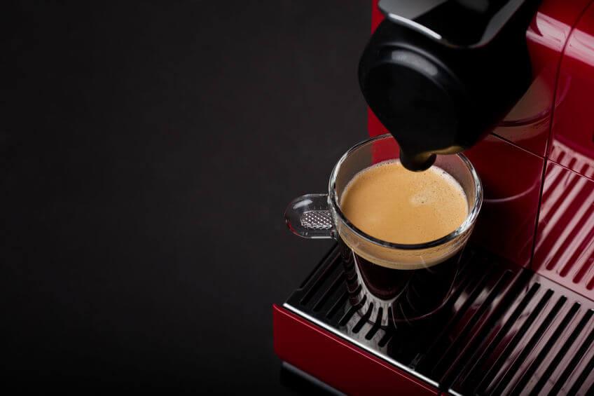 kaffeevollautomat-frisch gebrühter kaffee
